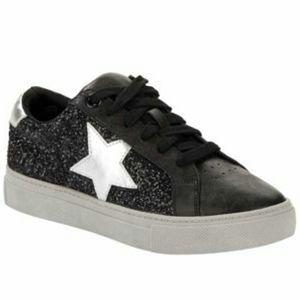Black glitter star city street sneakers NWT